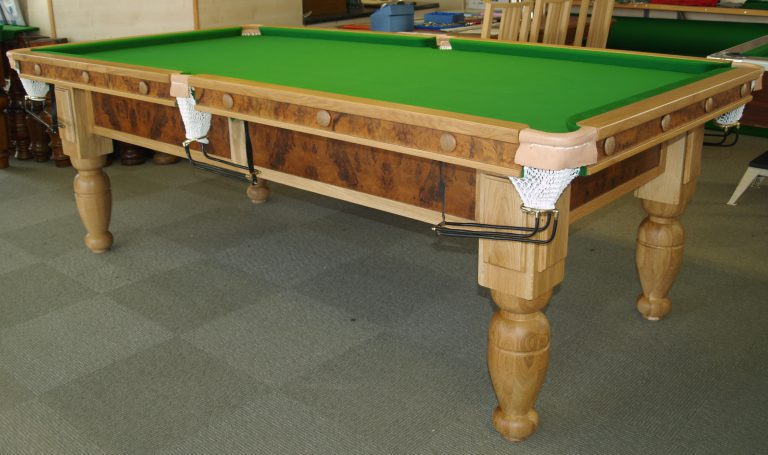 8ft Oak and Walnut Reconditioned Snooker Table