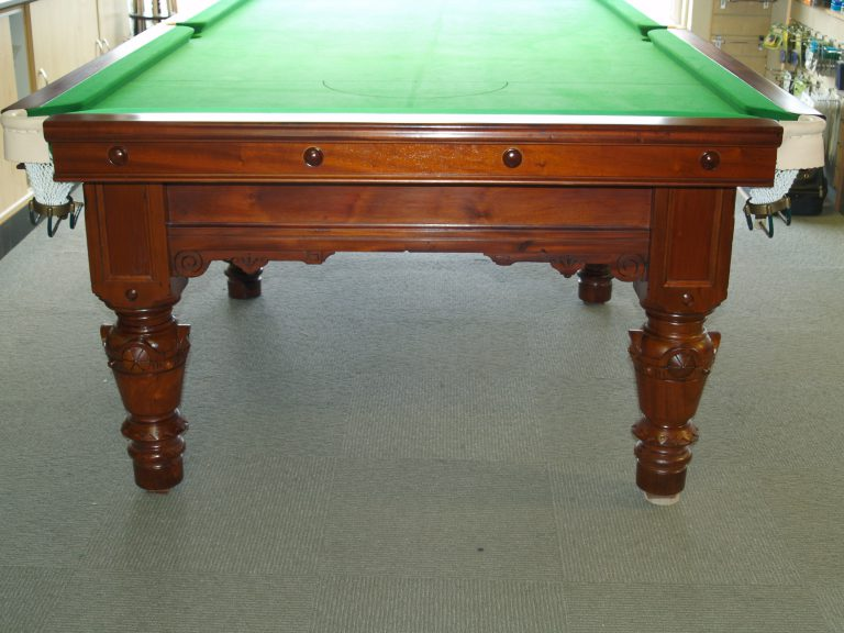 9ft Reconditioned Snooker Table - end